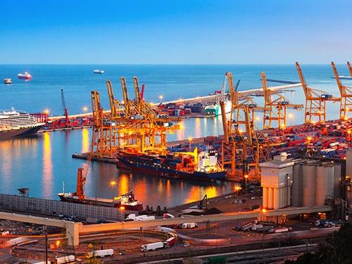 International Economy and Labour Market